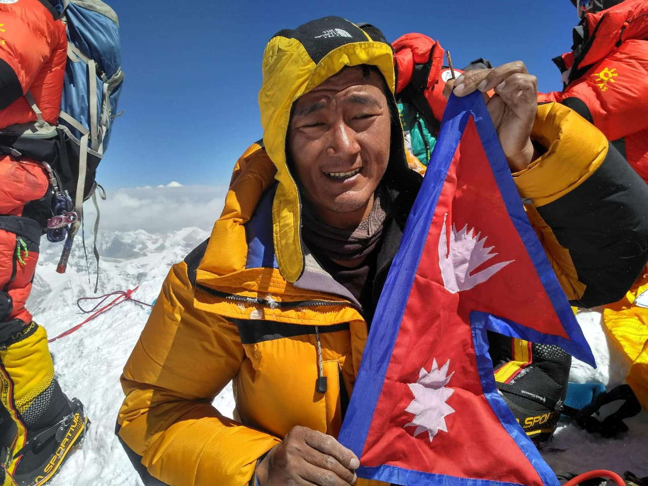 Everest Expedition Guide