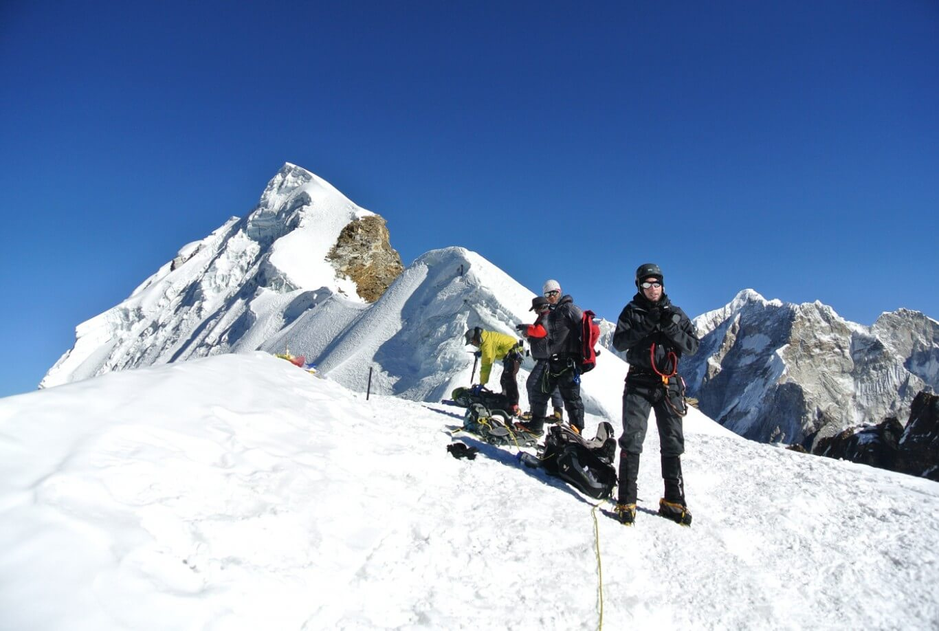 Everest base camp with louche Peak Climbing