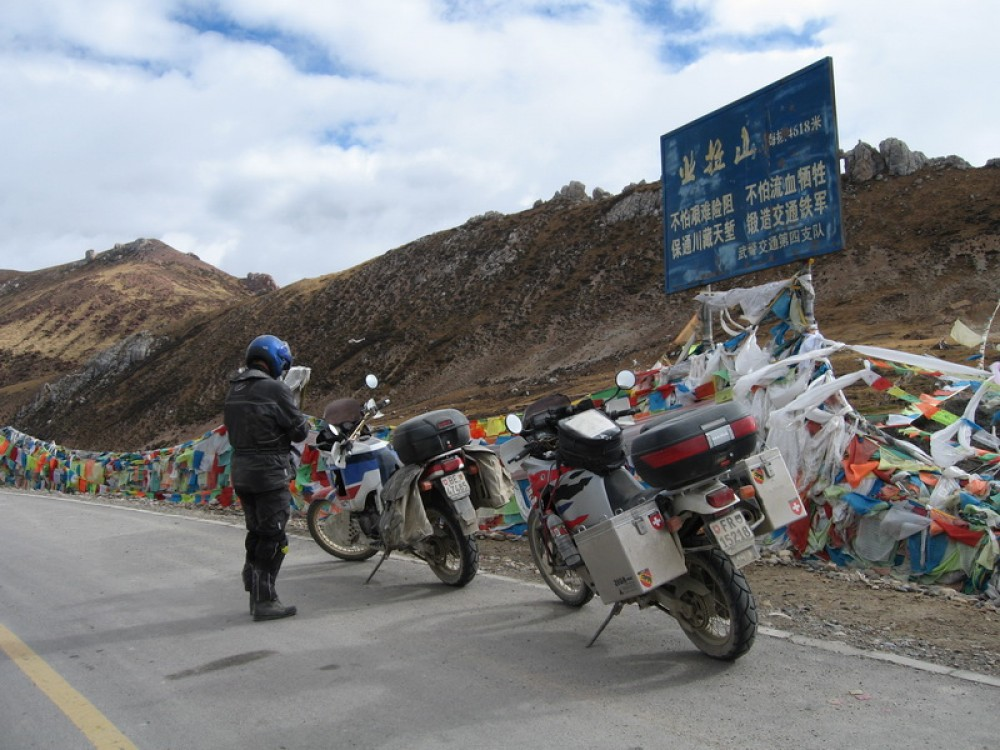 Mountain bike tour to Tibet